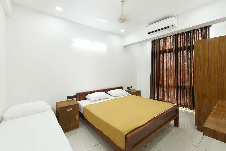 Standard Room - Wide View - Devi Royal Residency